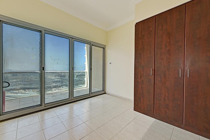Studio Apartment For Rent in  Lake View Tower,  Jumeirah Lake Towers | 5
