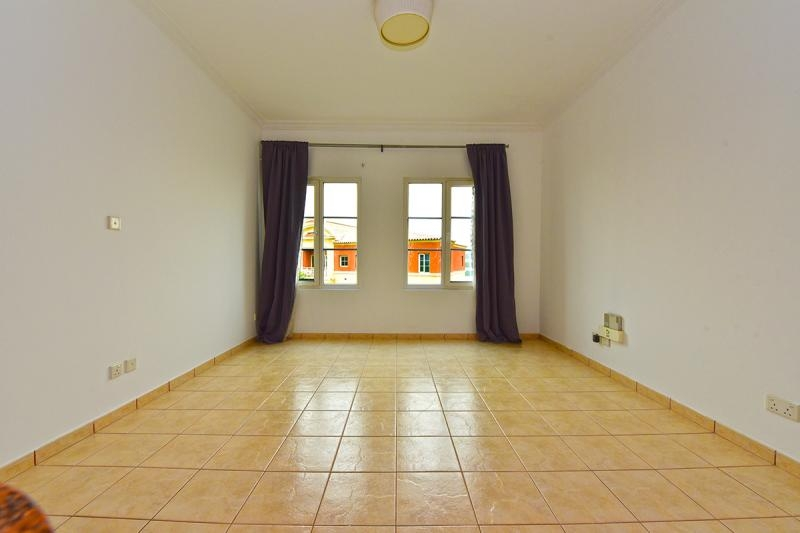 Studio Apartment For Rent in  Building H,  Green Community   7