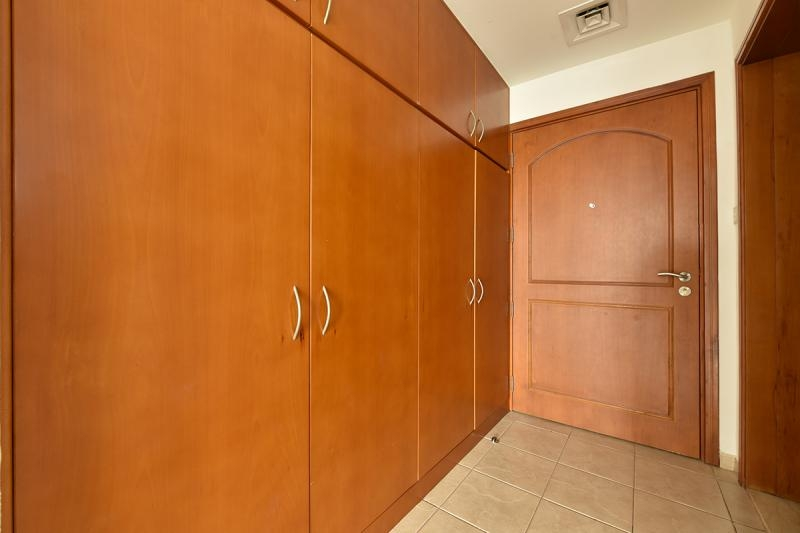 Studio Apartment For Rent in  Building H,  Green Community   9