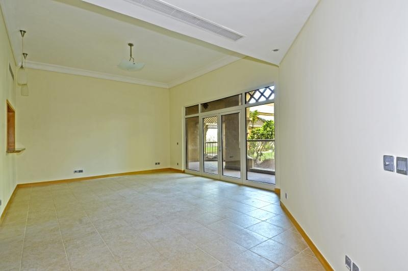 2 Bedroom Apartment For Rent in  Jash Hamad,  Palm Jumeirah | 1