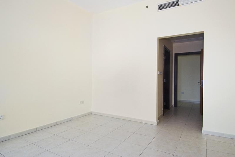4 Bedroom Apartment For Rent in  Horizon Tower,  Dubai Marina   4