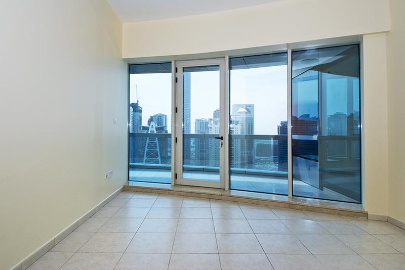 4 Bedroom Apartment For Rent in  Horizon Tower,  Dubai Marina   2