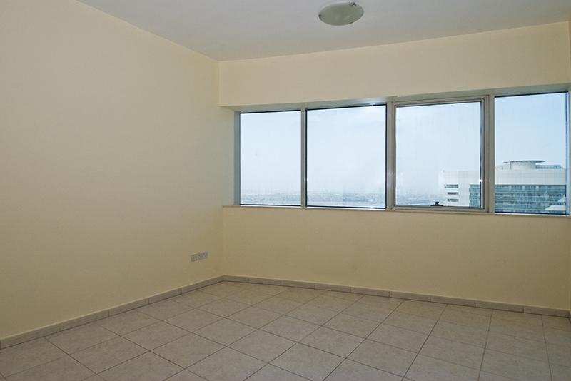 4 Bedroom Apartment For Rent in  Horizon Tower,  Dubai Marina   9