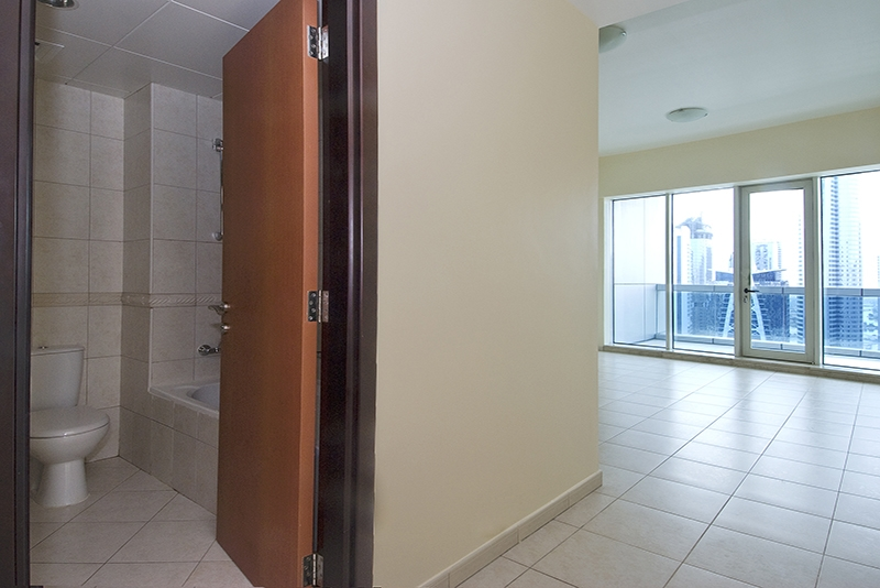 4 Bedroom Apartment For Rent in  Horizon Tower,  Dubai Marina   12