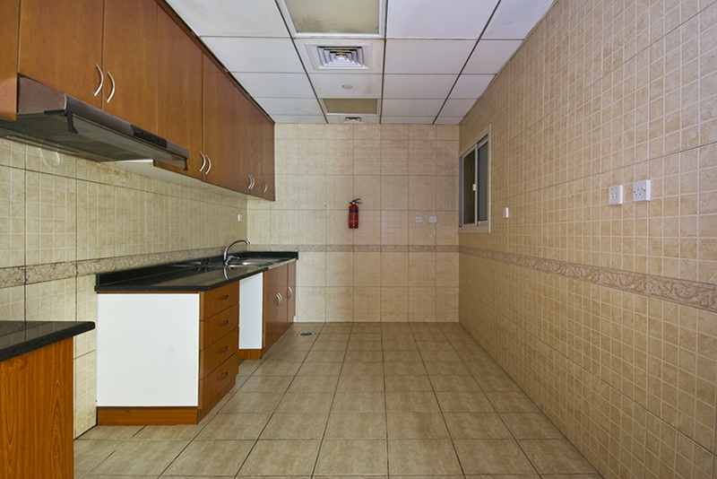 4 Bedroom Apartment For Rent in  Horizon Tower,  Dubai Marina   7
