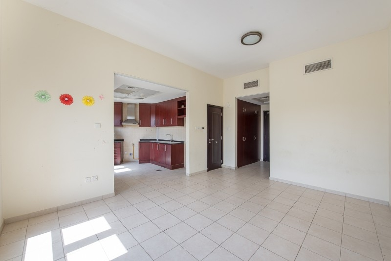 Studio Apartment For Rent in  Building 38 To Building 107,  Discovery Gardens   4