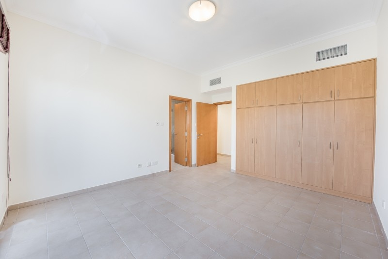 2 Bedroom Apartment For Rent in  Building J,  Green Community   5