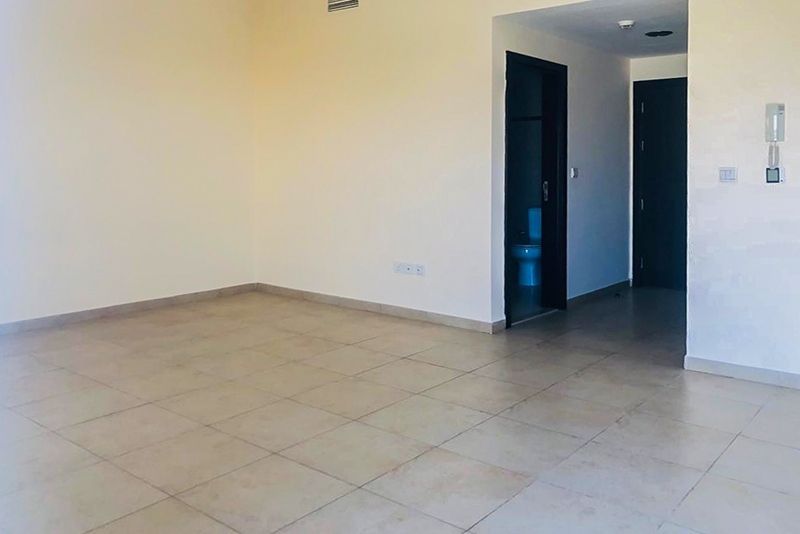 1 Bedroom Apartment For Rent in  Al Thamam 18,  Remraam   2
