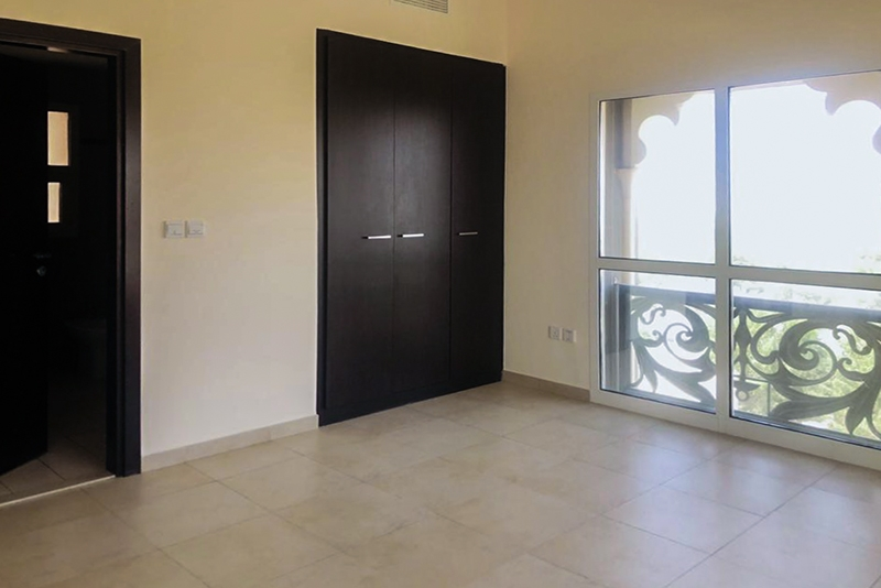1 Bedroom Apartment For Rent in  Al Thamam 18,  Remraam   5