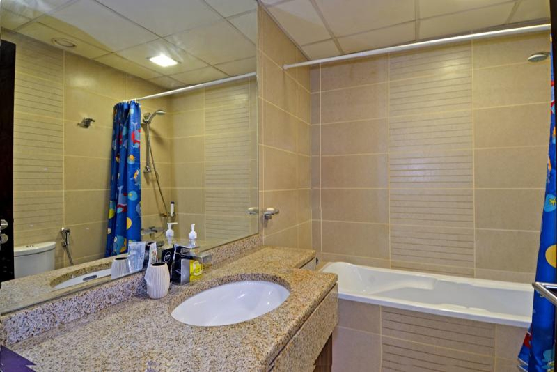 1 Bedroom Apartment For Rent in  Goldcrest Executive,  Jumeirah Lake Towers   6