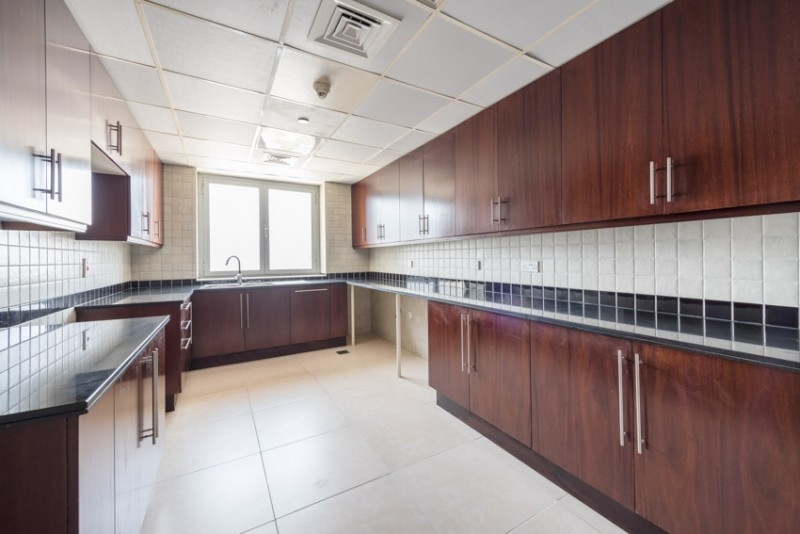 3 Bedroom Apartment For Rent in  Port Saeed,  Deira   2