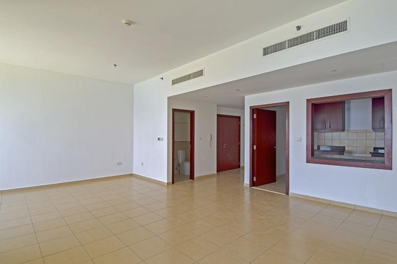 2 Bedroom Apartment For Rent in  Rimal 6,  Jumeirah Beach Residence | 2
