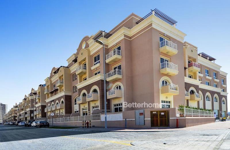 Studio Apartment For Rent in  Emirates Garden 1,  Jumeirah Village Circle   9