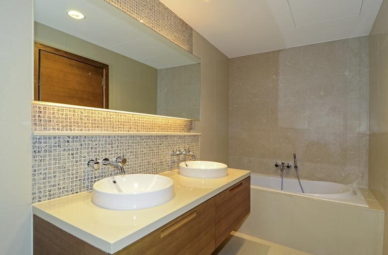 2 Bedroom Apartment For Rent in  Claren 2,  Downtown Dubai   8