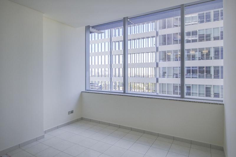 2 Bedroom Apartment For Rent in  Sky Gardens,  DIFC   5