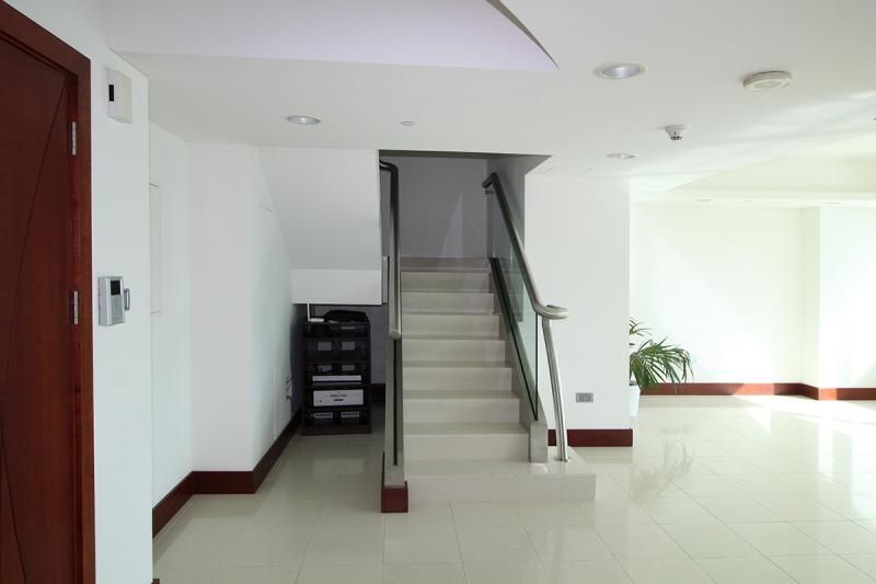 2 Bedroom Apartment For Rent in  Jumeirah Living,  World Trade Centre   3