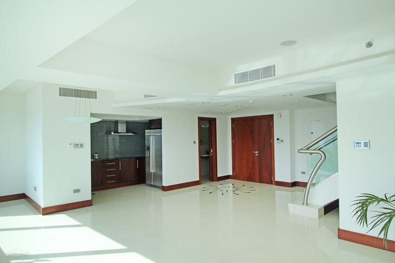 2 Bedroom Apartment For Rent in  Jumeirah Living,  World Trade Centre   4