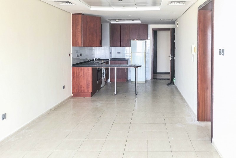 1 Bedroom Apartment For Rent in  Lake View Tower,  Jumeirah Lake Towers   2