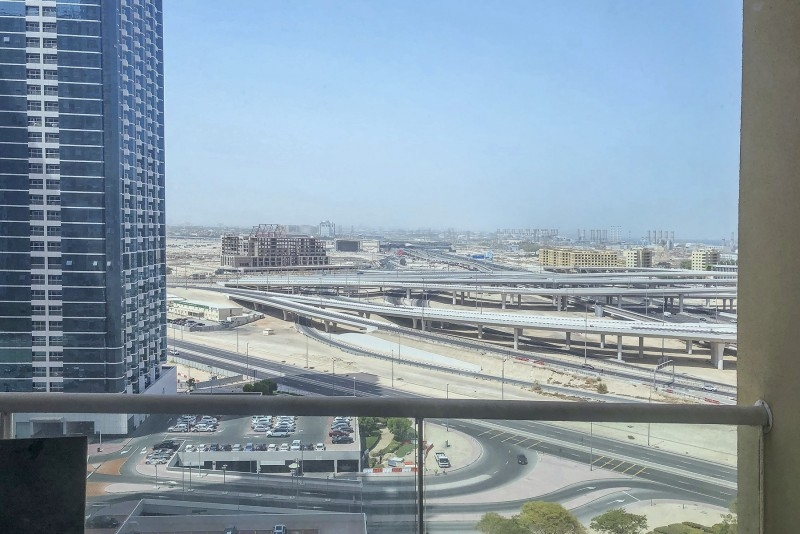 1 Bedroom Apartment For Rent in  Lake View Tower,  Jumeirah Lake Towers   0