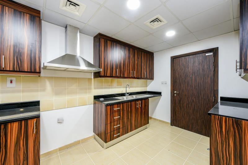 3 Bedroom Apartment For Rent in  Shams 1,  Jumeirah Beach Residence | 8