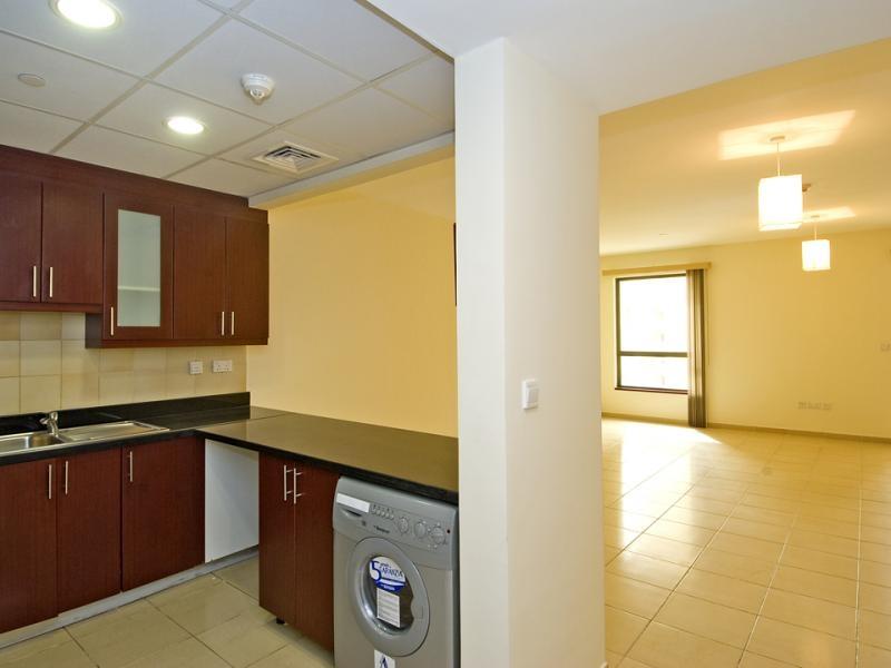 Studio Apartment For Rent in  Murjan 2,  Jumeirah Beach Residence | 2