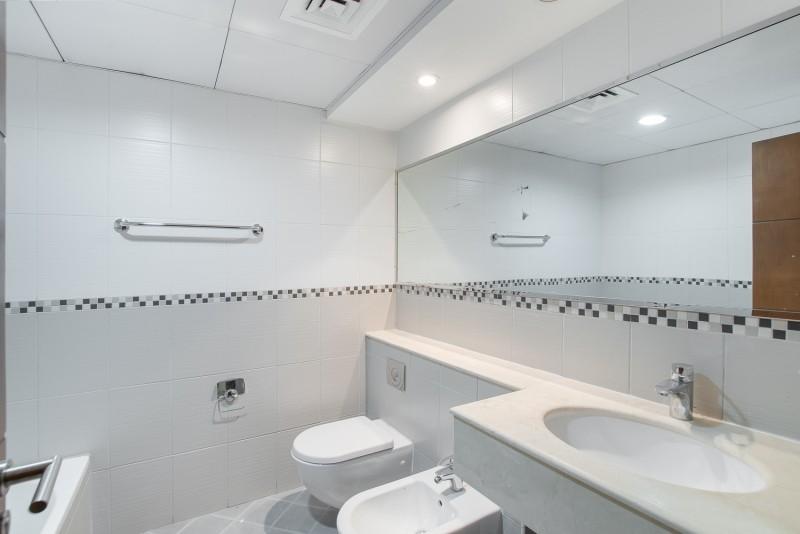 2 Bedroom Apartment For Rent in  Al Ghazal Tower,  Al Khan | 4