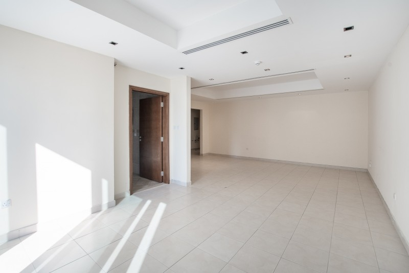 2 Bedroom Apartment For Rent in  Al Ghazal Tower,  Al Khan   3