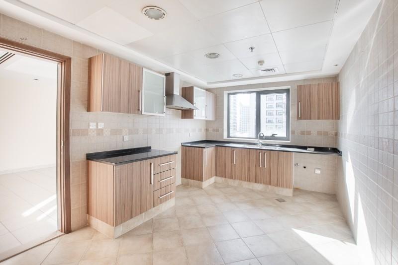 2 Bedroom Apartment For Rent in  Al Ghazal Tower,  Al Khan   9