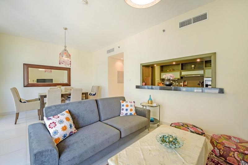 2 Bedroom Apartment For Rent in  Lofts West,  Downtown Dubai   1