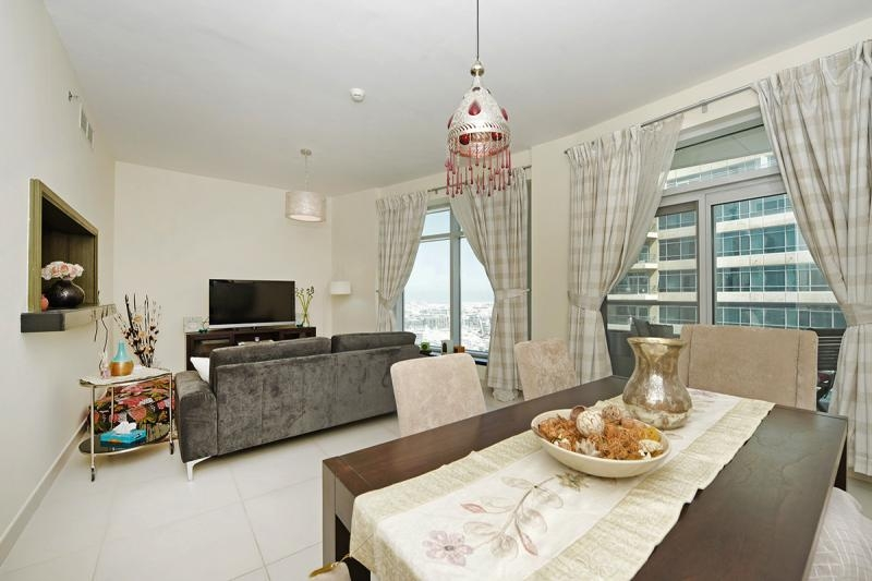 2 Bedroom Apartment For Rent in  Lofts West,  Downtown Dubai   3