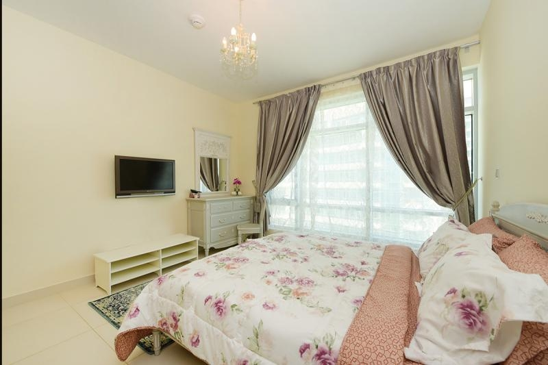 2 Bedroom Apartment For Rent in  Lofts West,  Downtown Dubai   7