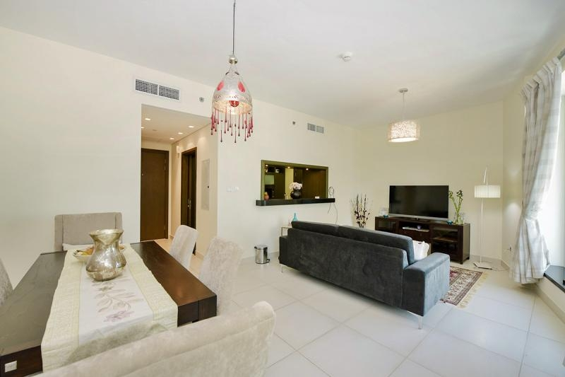2 Bedroom Apartment For Rent in  Lofts West,  Downtown Dubai   9