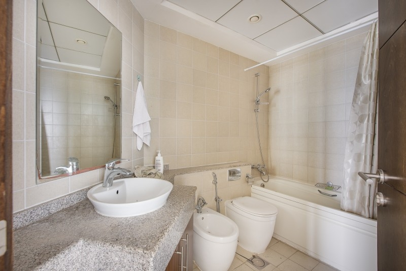 2 Bedroom Apartment For Rent in  The Torch,  Dubai Marina | 8