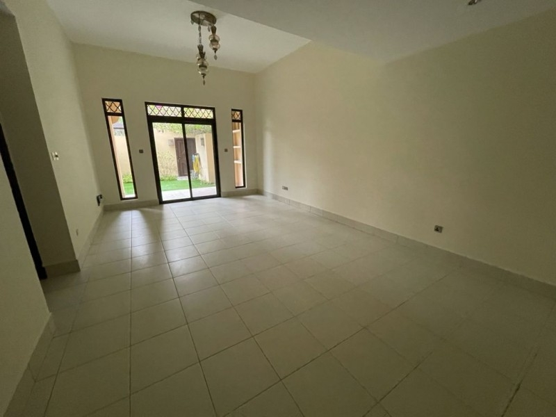 2 Bedroom Apartment For Rent in  Reehan 8,  Old Town | 4