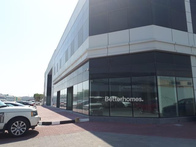 shell & core show room for rent in sheikh zayed road, rawabeh building | 1
