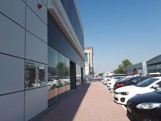 shell & core show room for rent in sheikh zayed road, rawabeh building | 2