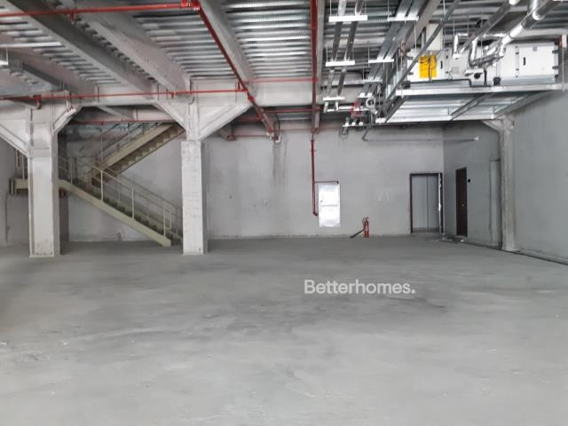 shell & core show room for rent in sheikh zayed road, rawabeh building | 5