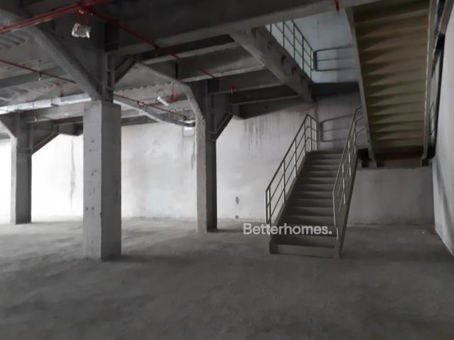 shell & core show room for rent in sheikh zayed road, rawabeh building | 9