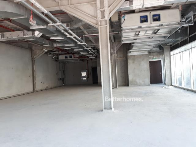 shell & core show room for rent in sheikh zayed road, rawabeh building | 11