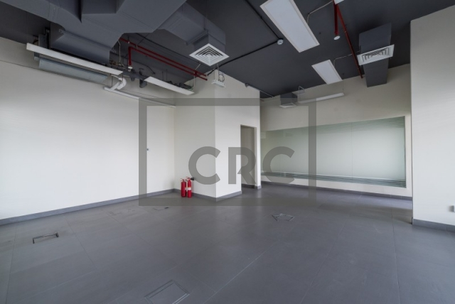semi-furnished office for rent in al garhoud, al nisf building   6