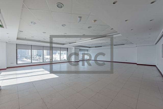 semi-furnished office for rent in deira, business point   4
