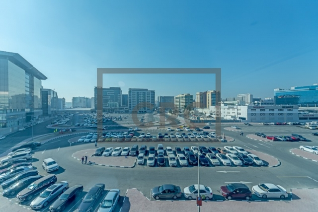 semi-furnished office for rent in deira, business point   6