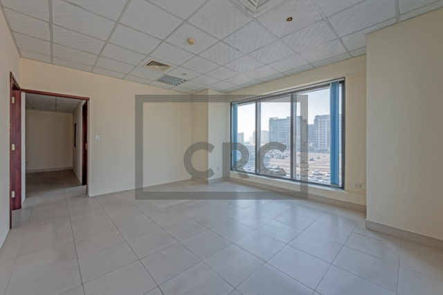 semi-furnished office for rent in deira, business point | 2