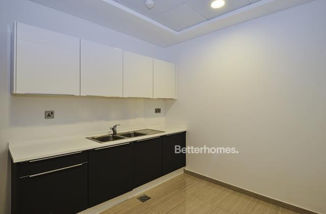 semi-furnished and shell & core office for rent in sheikh zayed road, burj al salam | 2