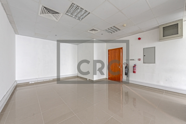 semi-furnished office for rent in business bay, capital golden tower | 3