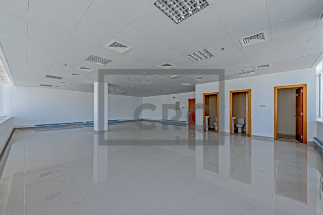 semi-furnished office for rent in business bay, capital golden tower | 8
