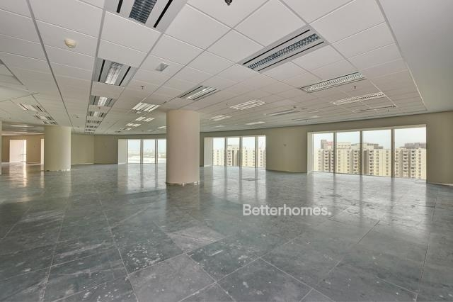 3,923 sq.ft. Office in Sheikh Zayed Road, Park Place for AED 353,070
