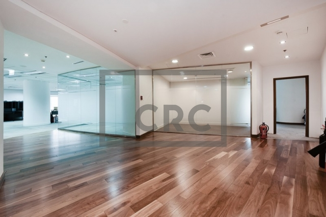 10,850 sq.ft. Office in Sheikh Zayed Road, Park Place for AED 1,085,000