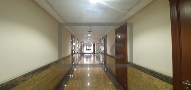 office for rent in deira, sapphire tower   13
