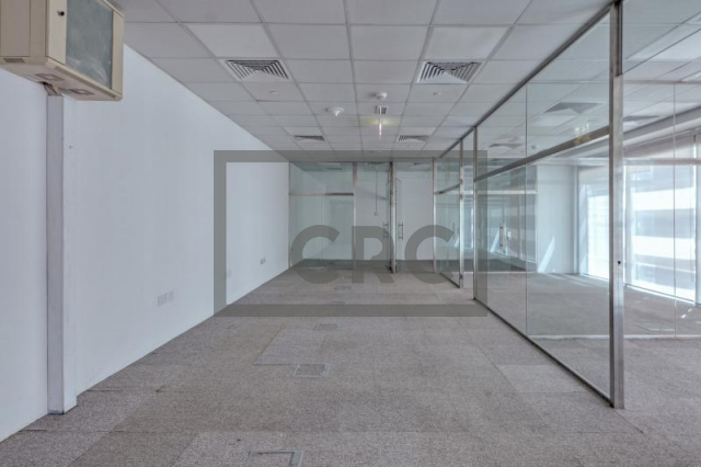 935 sq.ft. Office in Sheikh Zayed Road, Single Business Tower for AED 93,500